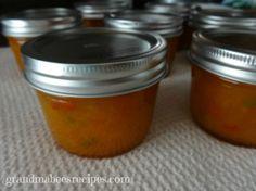 Apricot-Jalapeno-Jam-in-jars