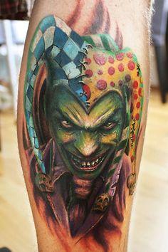 Maui Meherzi - I love Jesters and this is a good one Wicked Jester, Clown Tattoo, Horror Photography, Irish Tattoos, Tattoo Master, Gothic Tattoo, Boy Tattoos, Clowns, Tattoo Inspiration