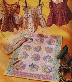 Vintage looking doll quilt from American Doll Quilts - Kathleen Tracy www.countrylanequilts.com