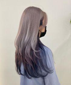 Hair Color Streaks, Hair Dye Colors, Hair Color Balayage, Shot Hair Styles, Curly Hair Styles, Hair Color Underneath, Mode Emo, Korean Hair Color, World Hair