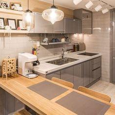 Interior Decorating, Interior Design, Apartment Interior, My House, Kitchen Design, Design Inspiration, Aesthetic Gif, Room, Korea