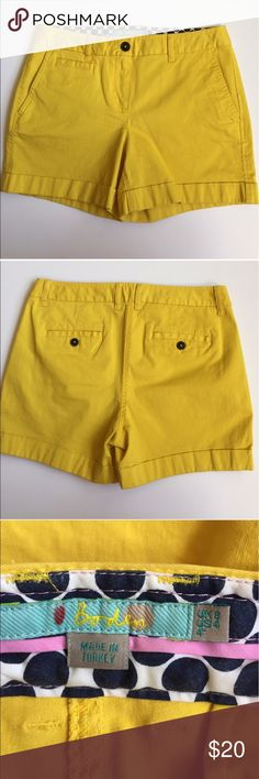"""Biden chino shorts Boden yellow shorts in size 4.  Approximate measurements: length is 13"""" down the side seam waist is 14.5"""" across when laid flat Boden Shorts"""