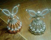 Articles similaires à La main perlé, anges, ange fille décoration, baptême, baptême, Noël ornement sur Etsy