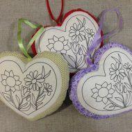 Trio de corações criar e pintar