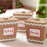 Under The Table and Dreaming: 50 Ways to Package Holiday Cookies: Ideas Inspiration for Wrapping Cookie Gifts Check out the website to see Cookie Exchange Packaging, Cookie Exchange Party, Christmas Cookie Exchange, Christmas Goodies, Christmas Treats, Christmas Baking, Christmas Fun, Christmas Wrapping, Xmas