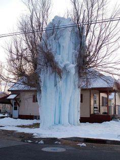 Whoops,broken water main overnight... Now frozen solid!