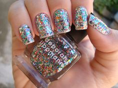 I have this one and I can attest that it would take at least an hour and a half to get this much glitter coverage.