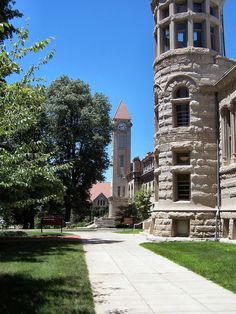 A photographic survey of Indiana University in Bloomington, Indiana Wonderful Places, Beautiful Places, Bloomington Indiana, Indiana University, College Campus, Covered Bridges, Travelogue, Park City, Back Home