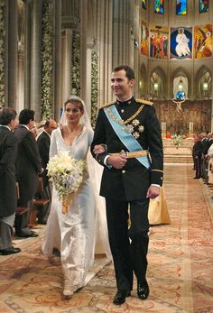 The subtle details on Queen Letizia of Spain's dress made it stand out in the chicest way.