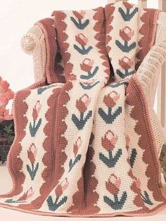 ❤❤❤ TULIP PATCH AFGHAN ❤❤❤ Pretty tulips in 4 panels with graph in this pattern - Easy - Crochet Afghan / Blanket / Throw ~ Free Pattern