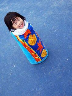 Kid as chinese finger trap!! This kinda made me laugh out loud. hahahaha.
