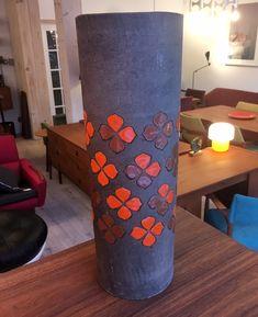 """Vase en céramique Bitossi - fabriqué en Italie  275$ 16,5""""H x 5,75""""D"""