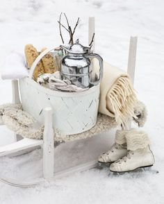 Winter Decoration Ideas and Food for Delicious Picnic on the Snow- winter picknick- schaatsen