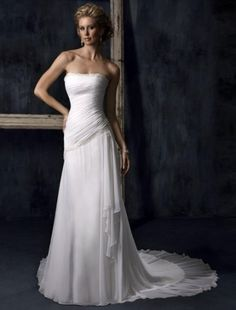 2011 Style Empire Strapless Court Trains Sleeveless Chiffon Wedding Dress For Brides