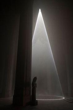 'grace light' illuminates san francisco cathedral with ephemeral atmosphere Durham, Bar Lighting, Lighting Design, Monuments, Casa Farnsworth, Hope Art, Houses Of The Holy, Lights Artist, Bay Lights