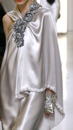 Chanel Spring 2010 Couture - via: loulouvon: - Imgend