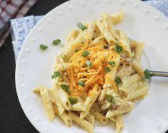 Weight Watchers – Chicken Ranch Pasta 1/2 pound penne pasta (whole wheat) 4 slices bacon (cooked until crispy) 1/2 tablespoon light butter 1 cup 1% (milk) 1 whole chicken breast (cooked ) 1 tablespoon all purpose flour 1/2 cup shredded cheddar cheese (reduced fat) 1/2 packet ranch seasoning mix