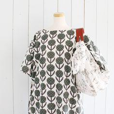 Handmade Crafts, Diy And Crafts, Sewing Clothes, Dress Making, Sewing Projects, How To Make, How To Wear, Crafty, Blouse
