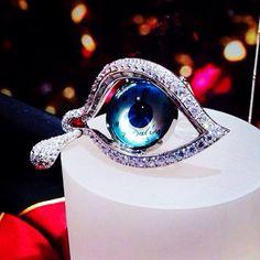 Dalì's jewels