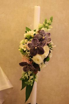 en rose Floral Wreath, Wreaths, Home Decor, Floral Crown, Decoration Home, Door Wreaths, Room Decor, Deco Mesh Wreaths, Home Interior Design