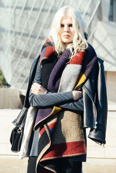 street-style-winter-scarves_chunky super size scarfs scarf accessory nyc street style trend hot right now