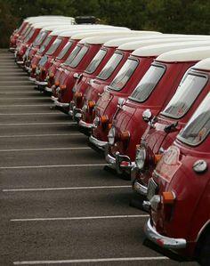Mini Cooper Classic, Mini Cooper S, Classic Mini, Classic Cars, Minis, Volkswagen Transporter, Custom Motorcycles, Old Cars, Motor Car