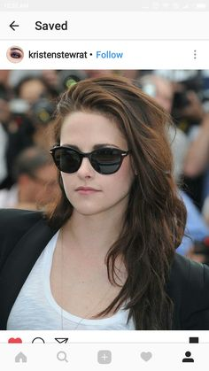 ae43a5ecbfd Kristen Stewart channeled her laid-back style in a simple white t-shirt