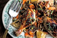 For Rosh Hashana, Roast Chicken With Honey - NYTimes.com This looks wonderful for a holiday (Rosh Hashana) meal. I would sub something for dates though. aj