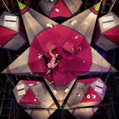 www.boulderingonline.pl Rock climbing and bouldering pictures and news Sasha DiGiulian At t