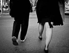 How you walk differently with friends and lovers. - Seriously, Science? | DiscoverMagazine.com