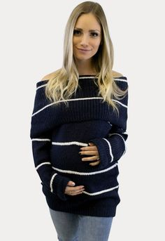 Take a look at our top maternity sweater weather looks. Winter Maternity Outfits, Winter Outfits For Work, Winter Outfits Women, Winter Fashion Outfits, Fashion Pants, Maternity Sweaters, Cozy Fashion, Green Fashion, Winter Sweaters