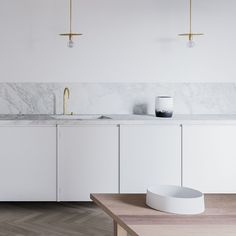 Kitchen design in white and marble