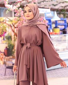 Affordable prices on new tops, dresses, outerwear and more. Modest Fashion Hijab, Hijab Style Dress, Modern Hijab Fashion, Hijab Fashion Inspiration, Muslim Fashion, Fashion Dresses, Modesty Fashion, Classy Fashion, Mode Abaya