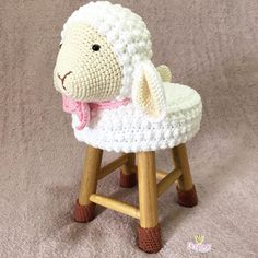 Amigurumi Llama - A Free Crochet Pattern Bobble Crochet, Bobble Stitch, Crochet Dishcloths, Crochet Baby, Free Crochet, Doll Toys, Dolls, Stool Covers, Washing Clothes