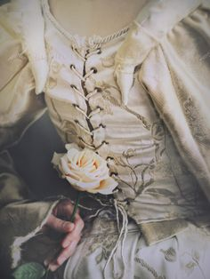 2. I'd love a corset back. I'd like the dress to have a bodice that is structured in a way that is comfortable, and makes cleavage easily attainable, lol.
