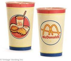 McDonald's Retro Milkshake Cup Barbecue Restaurant, Fast Food Restaurant, Retro Recipes, Vintage Recipes, Vintage Cups, Retro Vintage, Vintage Food, Mcdonalds, Richard And Maurice Mcdonald