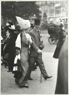 Jacques Henri Lartigue (1894-1986)Léon Freeborn, Avenue du Bois, May 1911