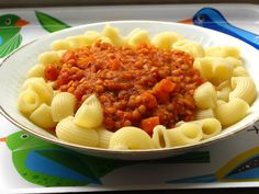 Gourmandises végétariennes: Linsenbolognese (vegan)