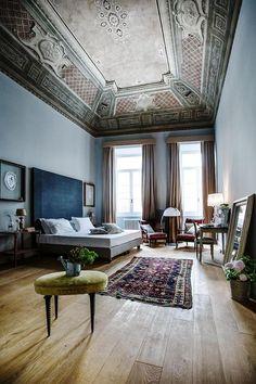 Visita guiada por SoprArno Esta suite representa a la perfección la majestuosidad de esta residencia de época.