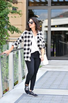 low top sneakers outfit  #sneakers #outfit #newyork #american  #summer #fashiondesigner #designer #street #streetoutfit #summeroutfits #outfit #outfitmagazine #outfitmag #fashion #style #streetfashion #outfitideas #dailyoutfitideas #ootd #outfitoftheday #beauty #fashionblogger #blogger