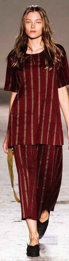 Uma Wang   Collection Spring 2015 Ready-to-Wear.         IF