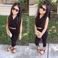 Follow me pritikar0000 Cute Little Girls Outfits, Dresses Kids Girl, Kids Outfits Girls, Toddler Outfits, Cute Outfits, Cute Kids Fashion, Little Girl Fashion, Toddler Fashion, Teen Fashion