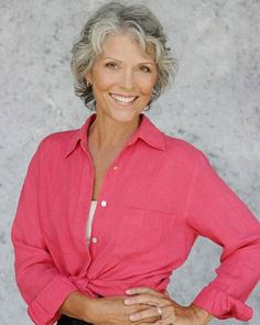 Short curly hairstyles with side bangs for older women