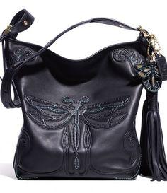 A bolsa Dragonfly Duffle da parceria de Anna Sui com a Coach (R$ 3.198)