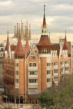 Casa de les Punxes (Puig i Cadafalch) i Sagrada Familia (Gaudí) - Barcelona