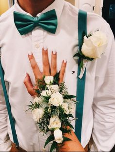 Prom or homecoming corsage and boutonniere!Gisela Ochoa. Prom Pictures Couples, Homecoming Pictures, Prom Couples, Prom Photos, Prom Pics, Prom Corsage And Boutonniere, Corsage Wedding, Boutonnieres, Homecoming Corsage