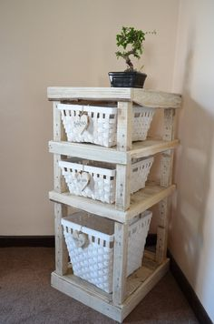 Custom handmade shelfRecycled rustic by Tillyrosedesigns on Etsy, £89.99
