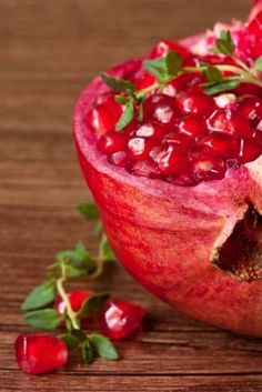 Pomegranate, this bloody red ancient fruit, has been the symbol of fertility and prosperity for thousands of years in Greece and Greek mythology. Fruit And Veg, Fruits And Vegetables, Fresh Fruit, Delicious Fruit, Tasty, Exotic Fruit, Raw Food Recipes, Food Photography, Food And Drink
