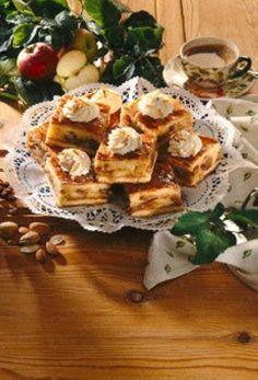 Gedeckter Apfel-Mandelkuchen (slab pie)