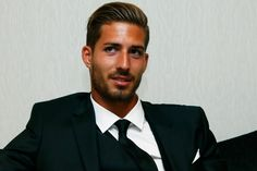 Find images and videos about psg, paris saint germain and kevin trapp on We Heart It - the app to get lost in what you love. Psg, Soccer Players, Football Soccer, Kevin Trapp, Gq Men, European Football, Ac Milan, Good Looking Men, Male Models